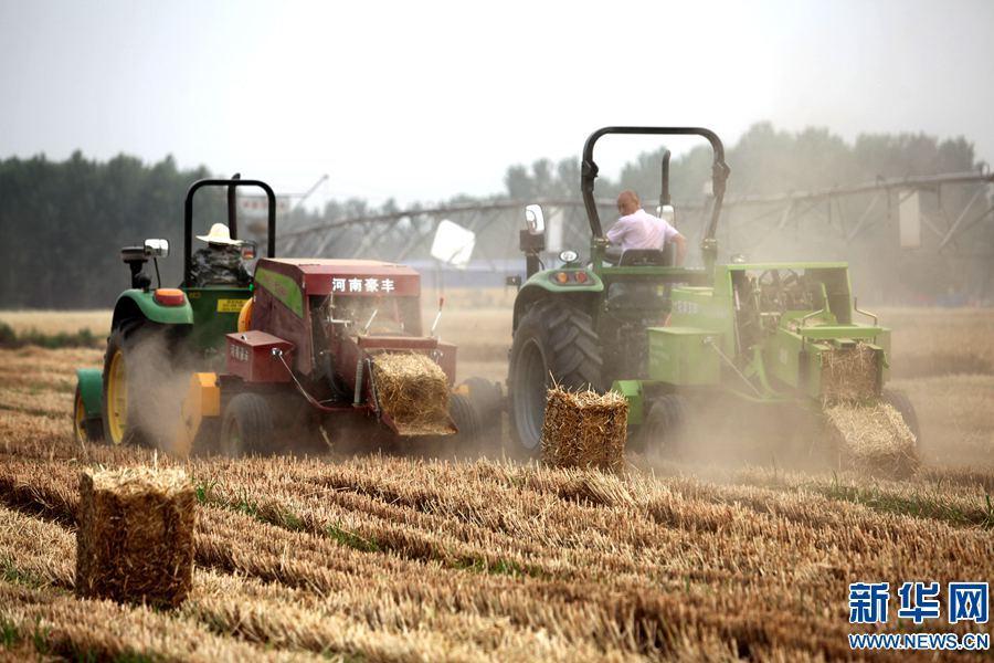 海安县举办2018年春季农机展